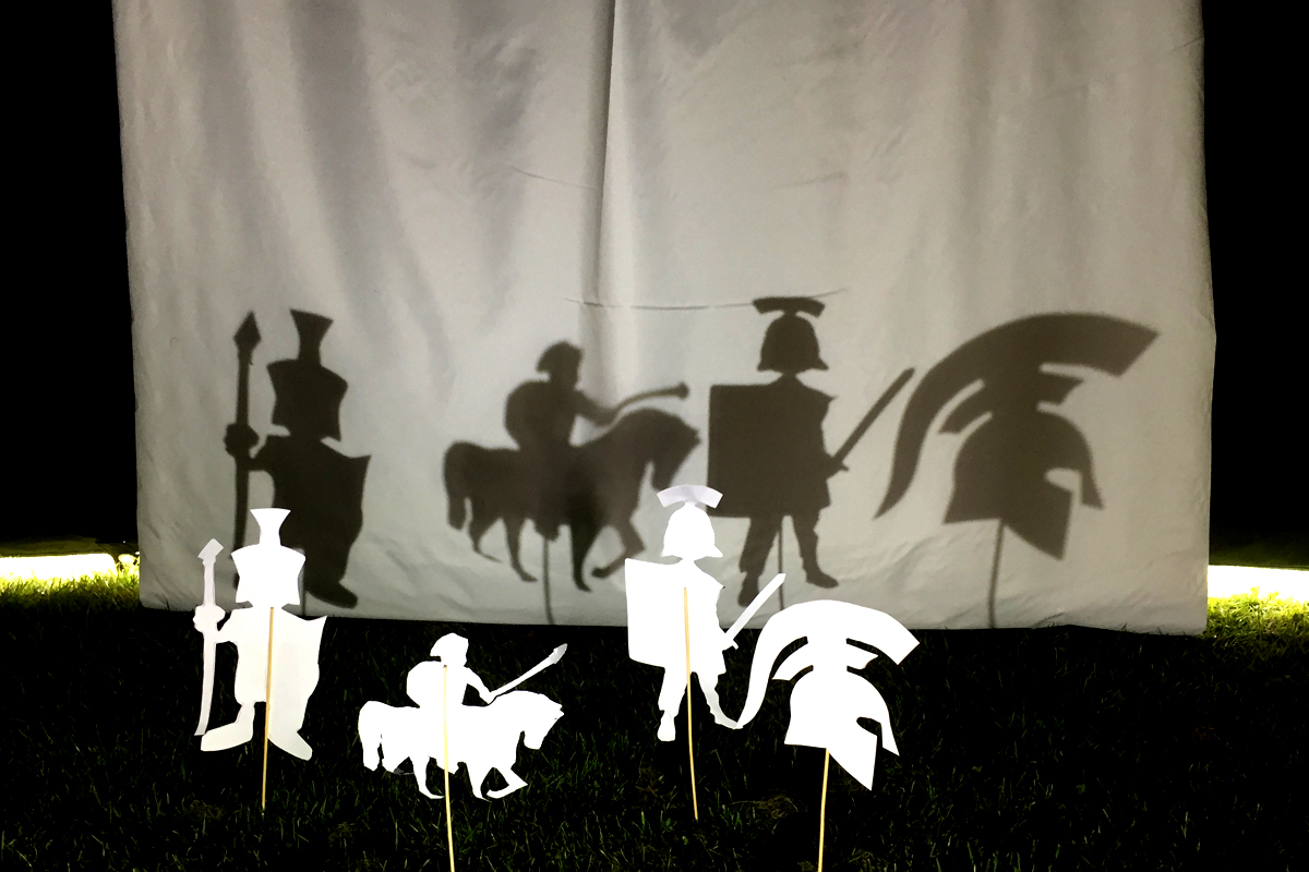 Shadow Booth, Shadow Puppets, Craft Workshop, Art and Crafts available from The Joker Entertainment in Boston, Sleaford, Lincolnshire, Lincoln, Newark, Nottinghamshire, Rutland, Northampton, South Yorkshire, have a go