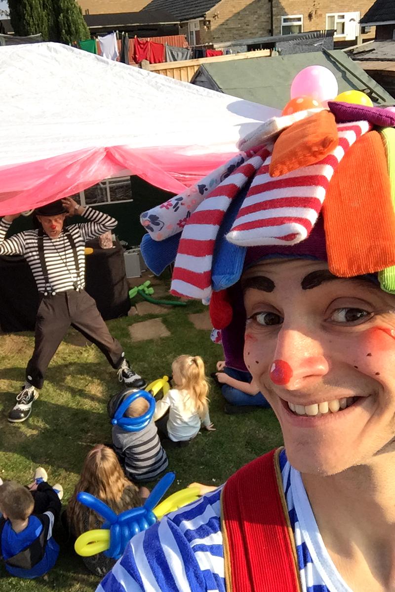 Antics Show, Circus skills performance, street performance, street entertainment, juggling, unicycling, Mansfield, Nottingham, Nottinghamshire, Lincolnshire, Lincoln, Newark, South Yorkshire