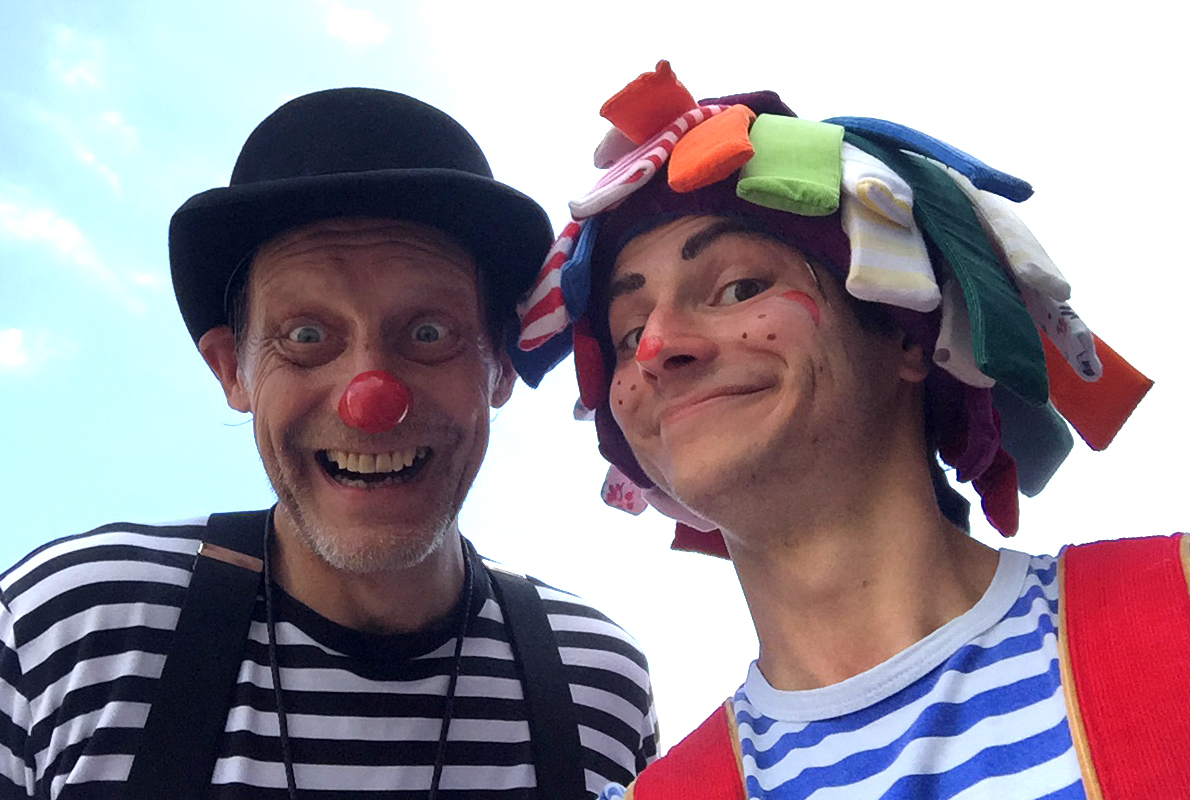 Comedy May Pole dancing with Clown or Jester Entertainer available from The Joker Entertainment in Boston, Sleaford, Lincolnshire, Lincoln, Newark, Nottinghamshire, Rutland, Northampton, South Yorkshire, have a go