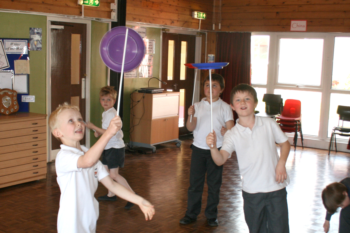 School Circus Days Giant Snow Globe The Joker Entertainment providing circus entertainment, circus skills, stilt walking, balloon modelling, participation activity's and face painting in the Midlands, Nottinghamshire, Yorkshire, Leicestershire, Lincolnshire, Chesterfield, Wingerworth, Matlock, Derbyshire, Darley Dale, Clowne, Alfreton, Ripley, Wirksworth, Sutton in Ashfield, Kirby in Ashfield, Nottinghamshire, Leicestershire, Staffordshire, Lincolnshire, South Yorkshire