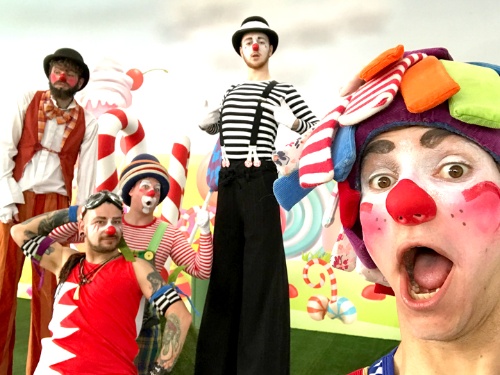 The Joker Entertainment providing circus entertainment, circus skills, stilt walking, balloon modelling, participation activity's and face painting in the Midlands, Nottinghamshire, Yorkshire, Leicestershire, Lincolnshire, Chesterfield, Wingerworth, Matlock, Derbyshire, Darley Dale, Clowne, Alfreton, Ripley, Wirksworth, Sutton in Ashfield, Kirkby in Ashfield, Nottinghamshire, Leicestershire, Staffordshire, Lincolnshire, South Yorkshire
